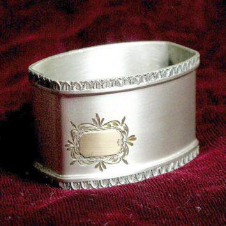 Винтажное серебряное салфетное кольцо