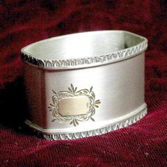 Салфетницы и салфетные кольца